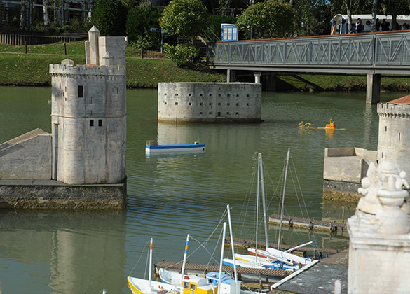 maquette miniature de Fort Boyard à France Miniature