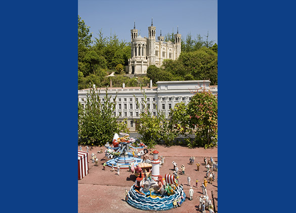 maquette miniature Place Bellecour à Lyon au parc France Miniature
